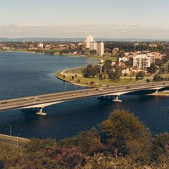 Clough is awarded its first major civil project, the Narrows Bridge in Perth, Western Australia